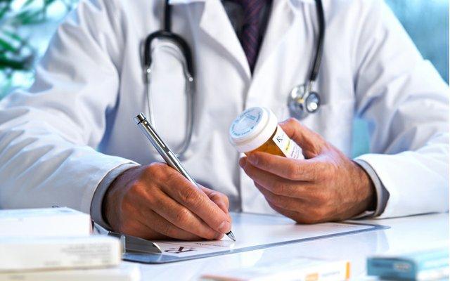 antibiotic prescription.jpg