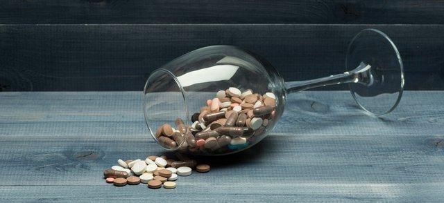 Wine Pill Glass